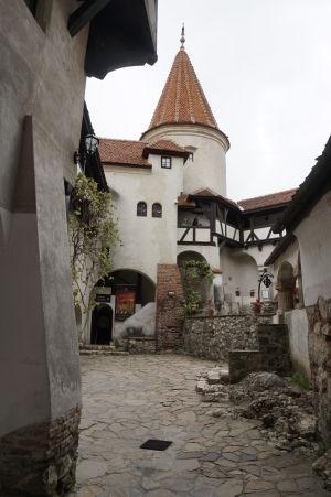 Nádvorie hradu Bran