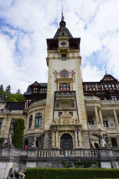 Hlavná veža zámku Peleš