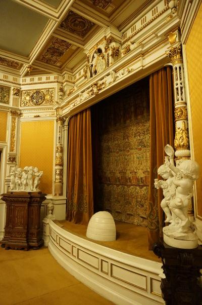 Malé súkromné divadlo na zámku Peleš