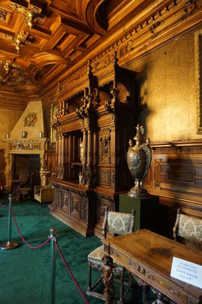 Kráľovská pracovňa na zámku Peleš
