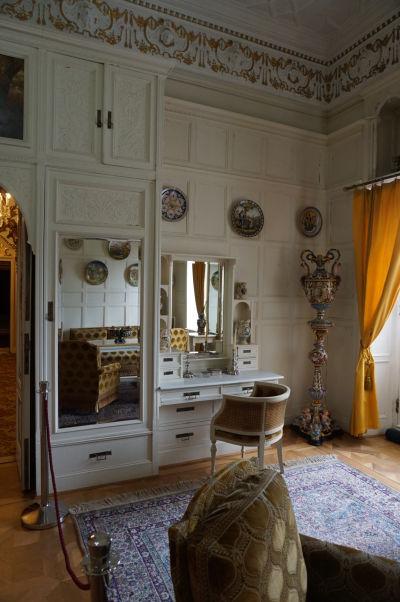 Obytná miestnosť na zámku Peleš