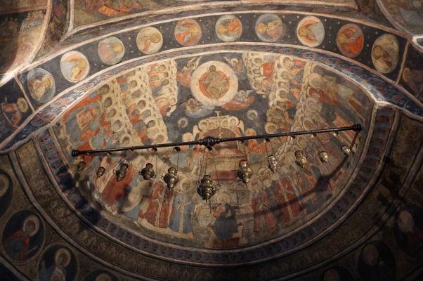 Fresky v kostolíku Stavropoleos v Bukurešti, ktorý je súčasťou kláštora s rovnakým názvom