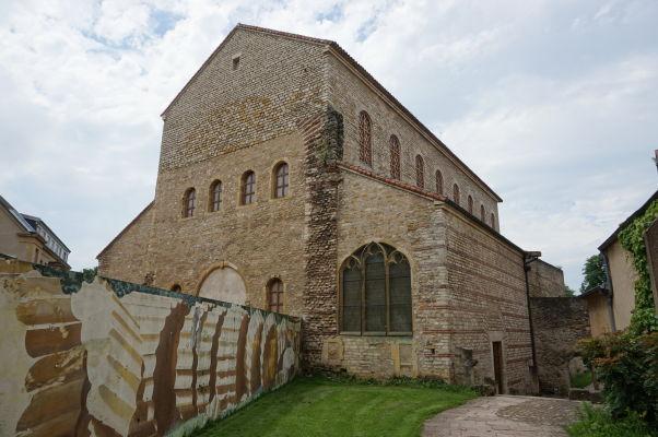 Bazilika Saint-Pierre-aux-Nonnains v Metz zo 4. storočia - najstarší kostol v celom Francúzsku