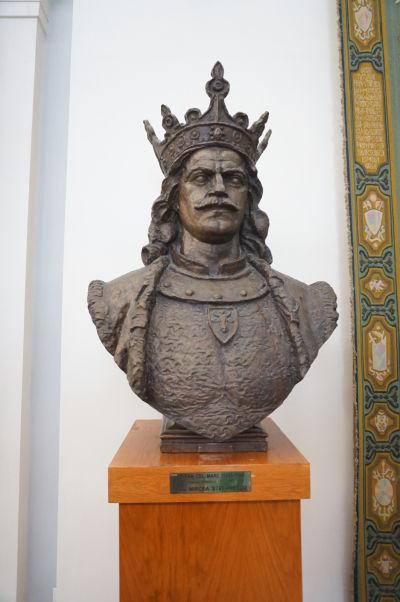 Busta moldavského kráľa Štefana Veľkého v budove Rumunského parlamentu (Domu ľudu) v Bukurešti