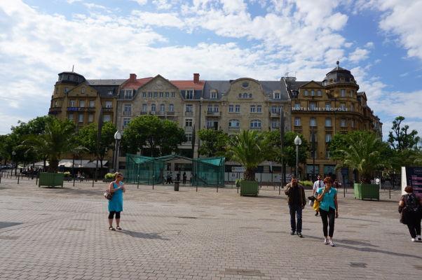 Námestie Place Charles de Gaulle v Metz - srdce imperiálnej časti mesta