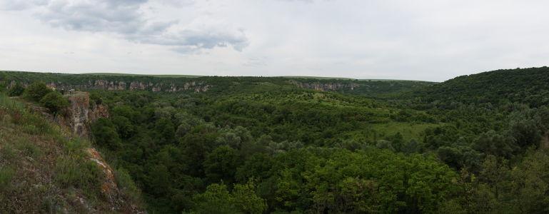 Príroda v okolí riečky Rusenski Lom zlákala i mnícha Joachima k meditovaniu