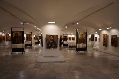 Múzeum v krypte Katedrály Alexandra Nevského - Údajne najväčšia kolekcia ikon na svete