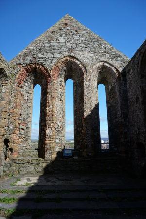 Ruiny Katedrály sv. Germana na hrade v Peeli
