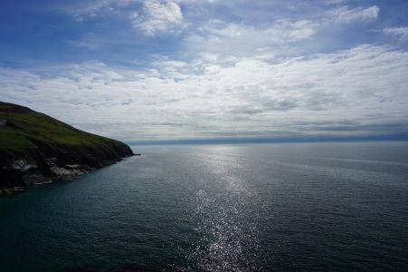 Výhľad na Írske more z hradu Peel