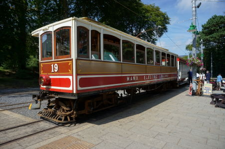 Vlak elektrickej železnice na ostrove Man