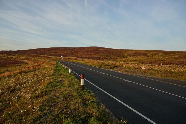 Horská cesta Snaefell Mountain Road, na ktorej sa každý rok konajú preteky TT, vďaka ktorým je ostrov Man známy