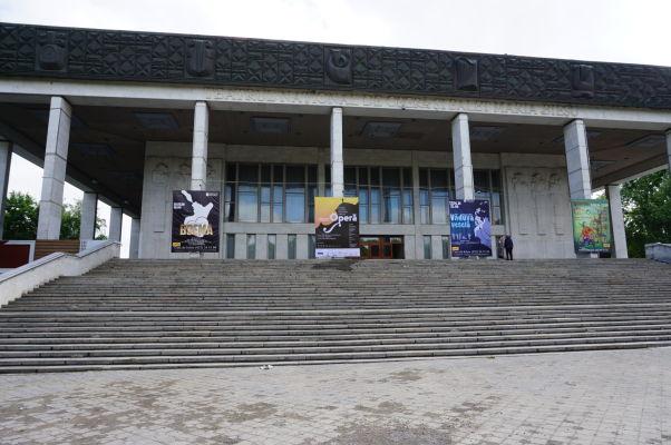 Opera v Kišiňove - dávajú okrem iného Veselú vdovu, operu Franza Lehára, pôvodom zo Slovenska