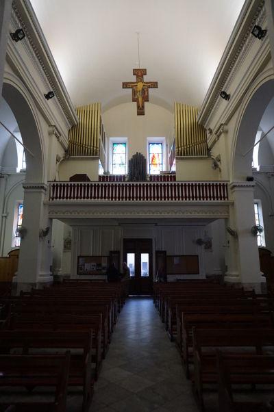 Katolícka Katedrála Korunovanej Panny Márie na Gibraltári - hlavná loď, organ a chórus