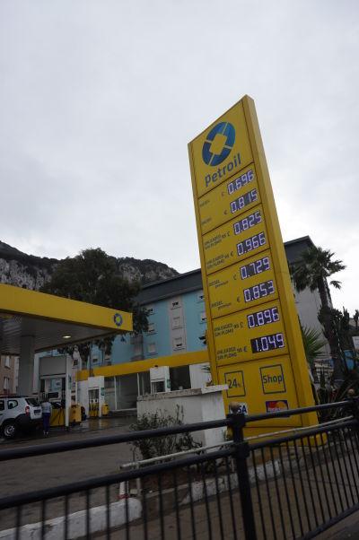 Benzín na Gibraltári je lacnejší, než vo zvyšku Európy