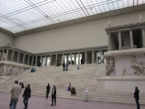 Pergamonské múzeum - Pergamonský oltár