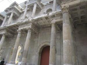 Pergamonské múzeum - Typická rímska divadelná architektúra