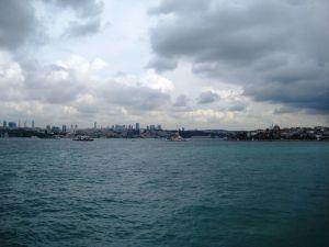 Trajekt v Istanbule - Pohľad na modernú časť mesta