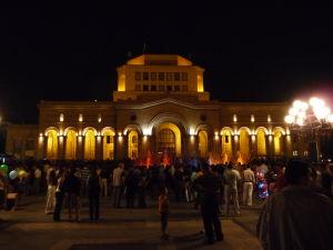 Námestie republiky - Národná galéria a Národné múzeum v noci