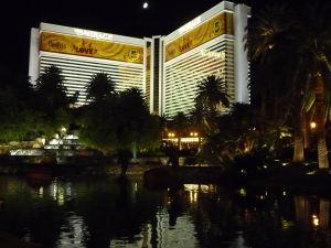 Mirage - Ďalší z hotelov vo Vegas