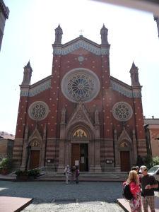 Chrám sv. Antona z Padovy - Najväčší katolícky chrám v meste