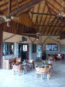 Recepcia kempu v Amboseli
