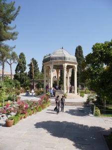 Hrob básnika Hafeza v záhrade Masulla