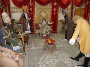 Hrad Arg Karim Chan - Múzeum vyobrazuje denný život kráľa