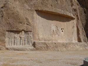 Reliéfy v Naqš-e Rustam