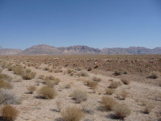 Púšť a hory v okolí Yazdu