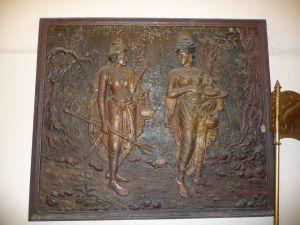 Chrám Relikvie zubu - Príbeh o tom, ako bol zub prepašovaný na Srí Lanku vo vlasoch ženy