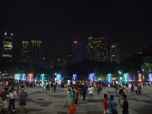 Fontána pred Petronas Towers