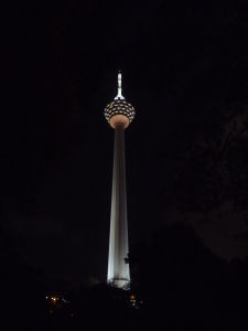 Menara KL v noci