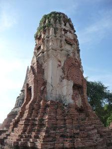 Jedna z veží chrámu Wat Maha That