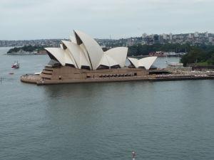 Pohľad na Operu z Prístavného mostu (Sydney Harbour Bridge)
