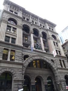 Jeden z mnohých obchodných domov