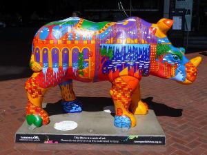 V Prahe kravy, v Sydney nosorožce