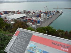Napier - Bluff Hill - pohľad na prístav