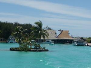 Prístav pri letisku na Bora Bora