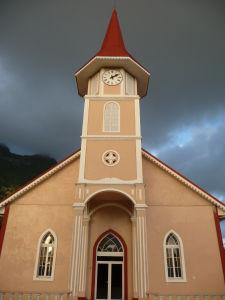 Kostol s apokalytpickým mračnom