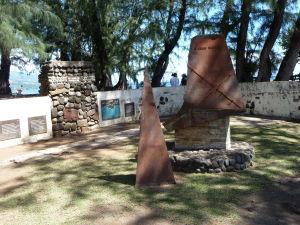 Pamätník lodi Duff, ktorá sem priviezla prvých misionárov