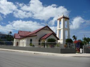 Jeden z mnohých kostolov na Tonge