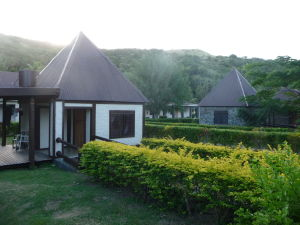 Bungalovy na ostrove Tavewa