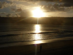 Západ Slnka nad plážou na Vanuatu