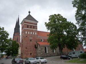 Chrám sv. Trojice a Uppsalská katedrála