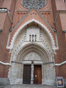 Uppsalská katedrála - Vstupný portál