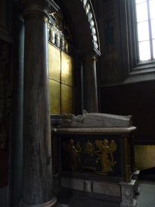 Uppsalská katedrála - Hrob Kataríny Jagellonskej, manželky kráľa Jána III.