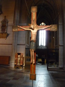 Uppsalská katedrála - Stredoveké drevené kríže