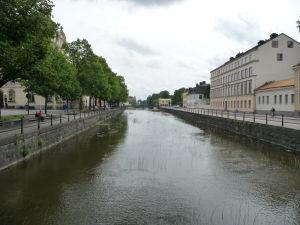 V uliciach Uppsaly - Rieka Fyrisån