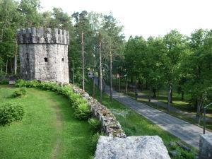 Park Aulanko v Hämeenlinne - Granitový hrad