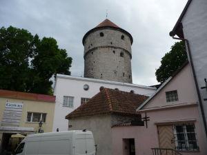 Tallinnské hradby - Jedna z mnohých veží